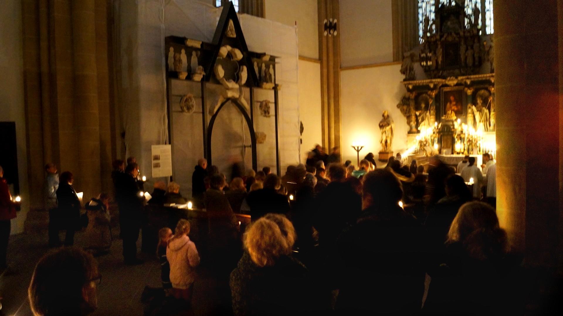 Der gotische Lettner im Hohen Dom zu Paderborn